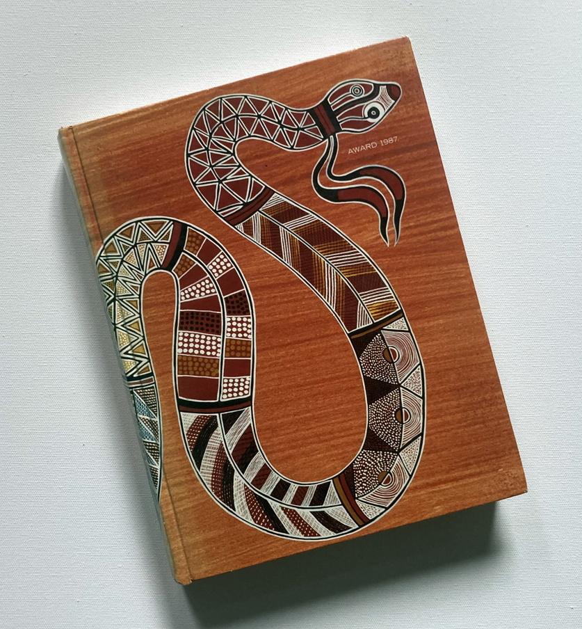 award snake front